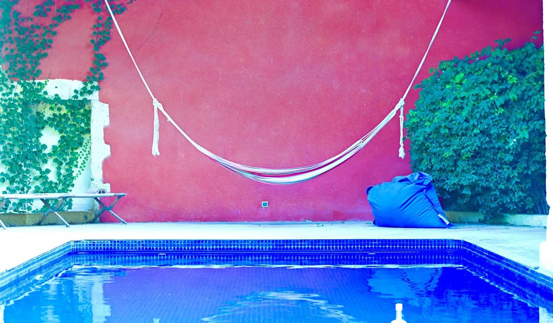Maison avec piscine et terrasse Aubais