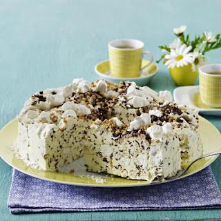 Frozen Chocolate and Meringue Cake.
