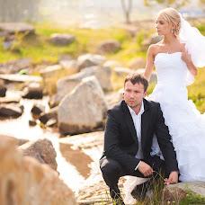 Wedding photographer Vladimir Krasnopoyasovskiy (LunyDunce). Photo of 11.02.2014