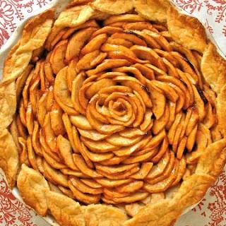 Apple Pie with Cream Cheese Pie Crust