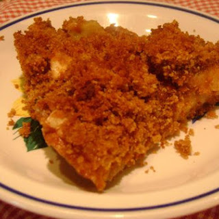 Graham Cracker Crumb Apple Pie