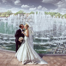 Wedding photographer Vladislav Tomasevich (Tomfoto). Photo of 11.08.2014