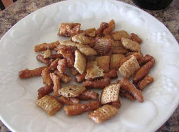 Sweet N Salty Caramel Snack Mix Recipe