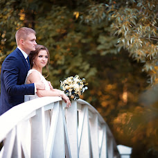 Wedding photographer Olesya Kareva (Olisa911). Photo of 03.12.2017