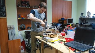 Photo: Семен готовит шоколадный принтер