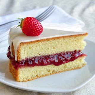 Strawberry Vanilla Sponge Cake.