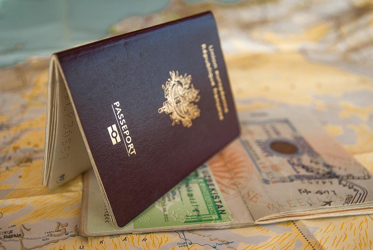passport-3127925_1280.jpg