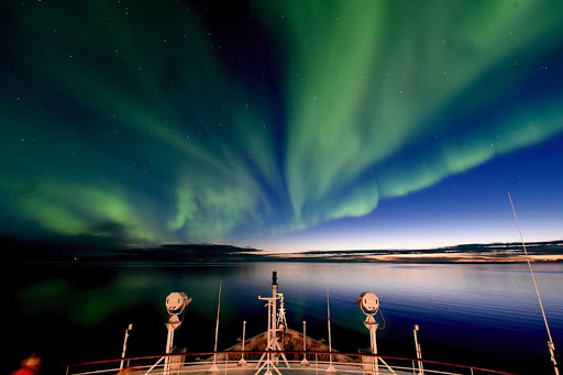 Victoria Island (Ile Victoria) is an island in the Canadian Arctic, the perfect spot to view the Northern Lights from the deck of a Ponant yacht.