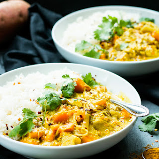 Slow Cooker Chicken Curry with Coconut Milk.