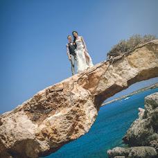 Wedding photographer Elena Ilyuchik (Elenanavaho). Photo of 01.08.2014