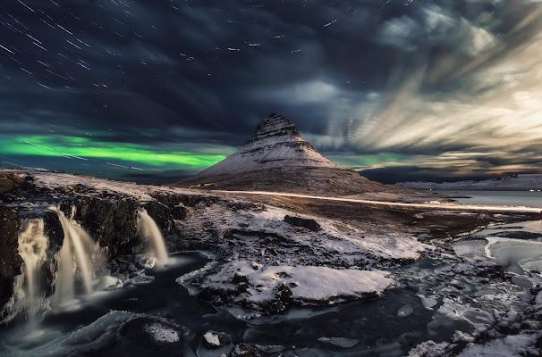 Time Stacking In Iceland di maurizio_verdecchia