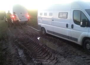 Photo: C'était pourtant la seule flaque à 300 km à la ronde....