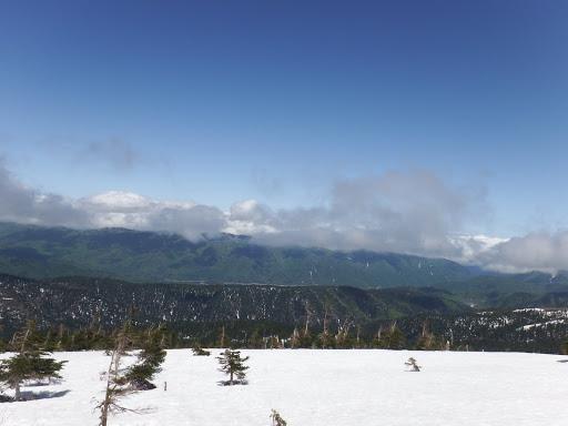 有峰湖方面も雲が薄く