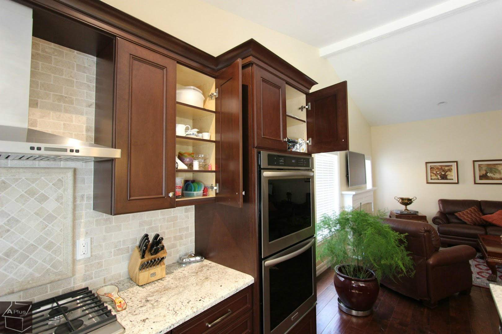 59 Huntington Beach Complete House Remodel Along With Brand New Custom Cabinets