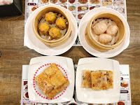 港飲港食茶餐廳