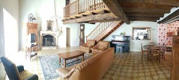 Maison 12 pièces 235 m2