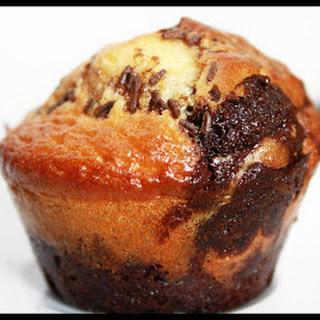 Chocolate-Vanilla Marble Muffins.
