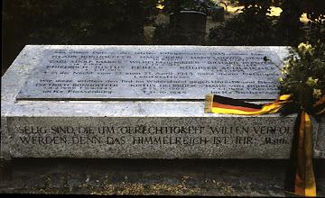 Photo: Französischer Friedhof Berlin
