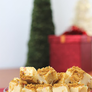 Mrs. Claus' Christmas Cookie Fudge