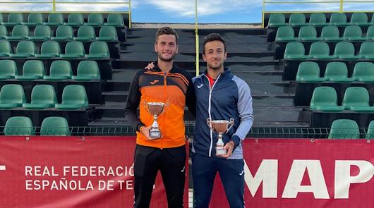 El tenista almeriense Javi Barranco llega a una nueva final