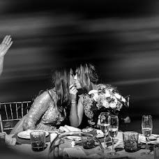 Wedding photographer Lorenzo Ruzafa (ruzafaphotograp). Photo of 24.04.2019
