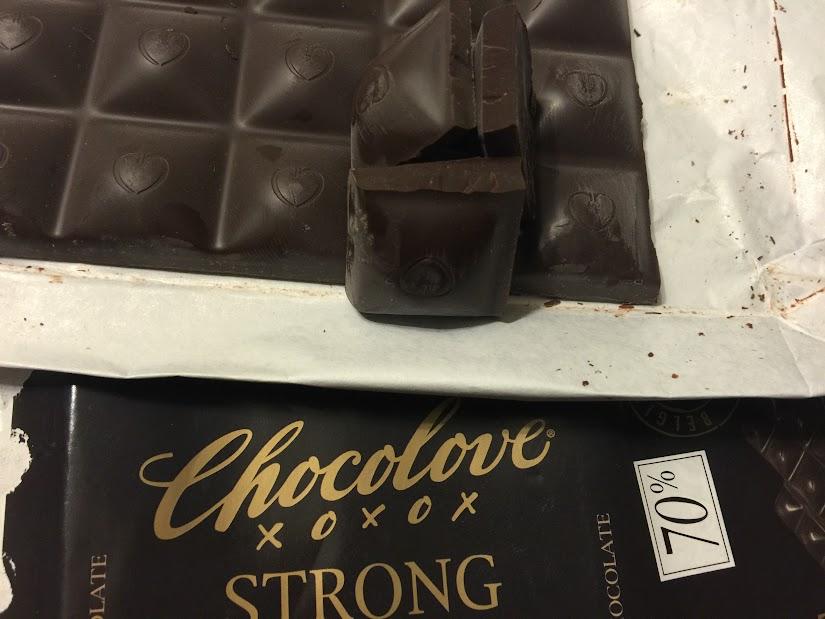 70% chocolove bar open