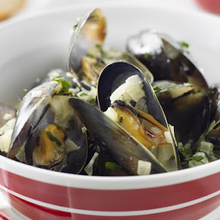 Moules Marinieres - Mussels in White Wine