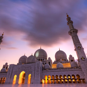 Sheikh Zayed Grand Mosque by Ahmed Wahdan - City,  Street & Park  Historic Districts (  )