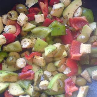 Avocado and Peppers Salad