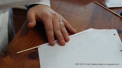 Photo: Haciendo los perfiles de papel