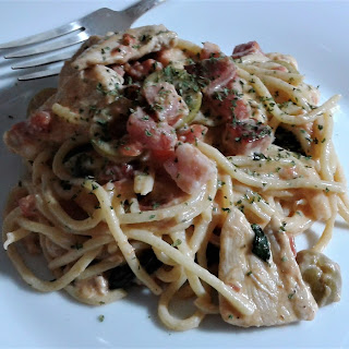 Tuscan style spaghetti with Chicken and Pancetta.