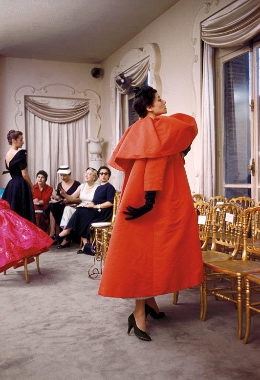 Cristóbal Balenciaga: The Experience of Luxury - Cristóbal Balenciaga  Museoa — Google Arts & Culture