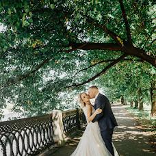 Wedding photographer Polina Rumyanceva (polinahecate2805). Photo of 12.09.2018