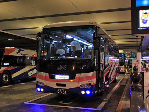 西日本JRバス「白浜エクスプレス大阪号」 2331 大阪駅JR高速バスターミナル到着