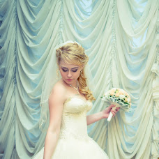 Wedding photographer Aleksandr Lobanov (lobz1k). Photo of 02.05.2014