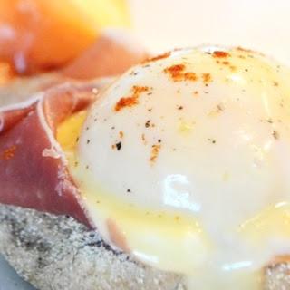 Sous-Vide Eggs Benedict & Eggs Royale