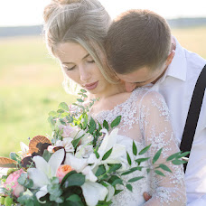 Wedding photographer Tatyana Kovalkova (Tatsianakova). Photo of 09.10.2017