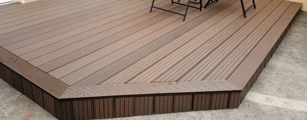 capped decking vs uncapped polymer decking