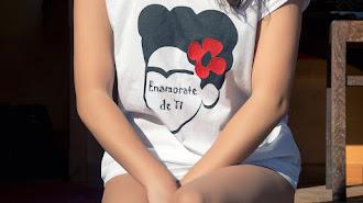 Las prendas de Nani Quirantes inspiradas en la universal Frida Kahlo
