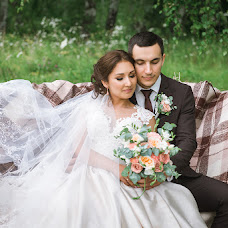 Wedding photographer Venera Nikolaychuk (VeneraNik). Photo of 12.02.2018