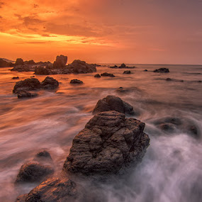 Dawn by Dikky Oesin - Landscapes Beaches