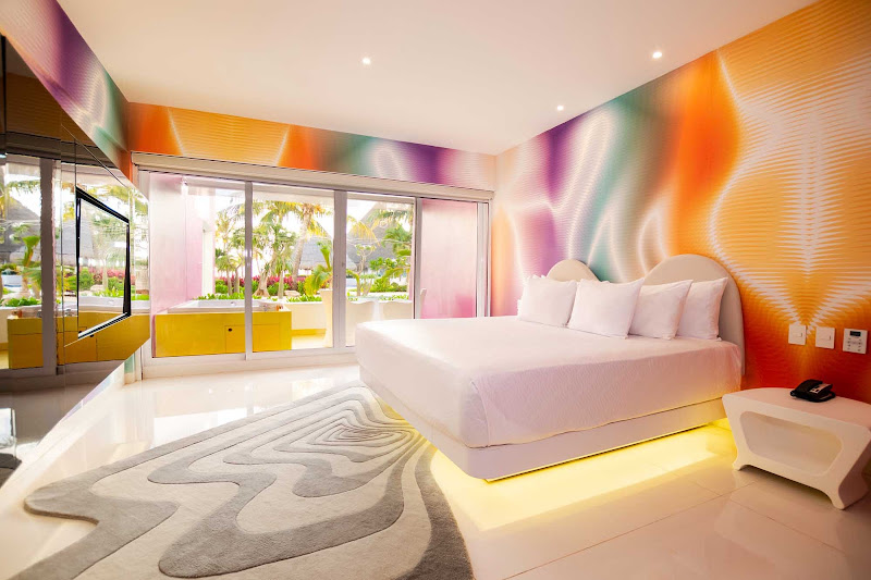 The plush Jacuzzi Room at Temptation Cancun Resort.