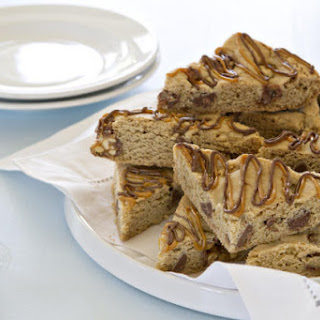 Snickers Chocolate Chip Cookie Bars