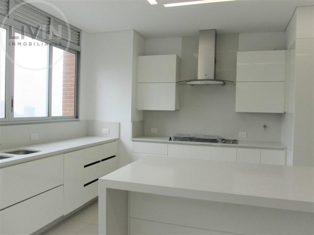 apartamento en arriendo las lomas 1 494-2087