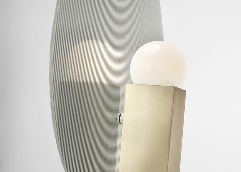 Lámparas que exploran la la difusión de luz natural y LED