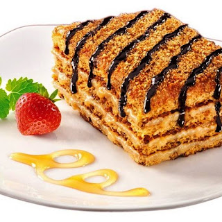 Famous Marlenka Honey Cake