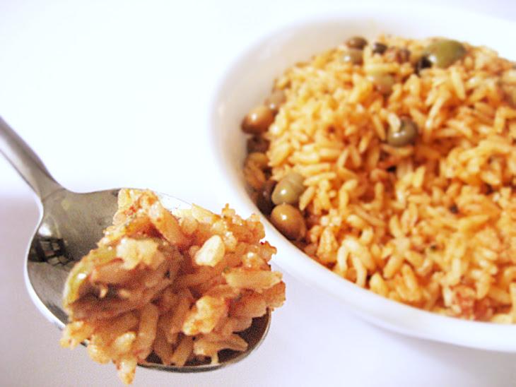 Arroz con Gandules – Puerto Rican Rice With Pigeon Peas Recipe ...