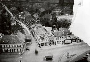 Photo: 1937 Haagsemarkt vanaf de St. Martinuskerk met in het verlengde de Heilaarstraat.