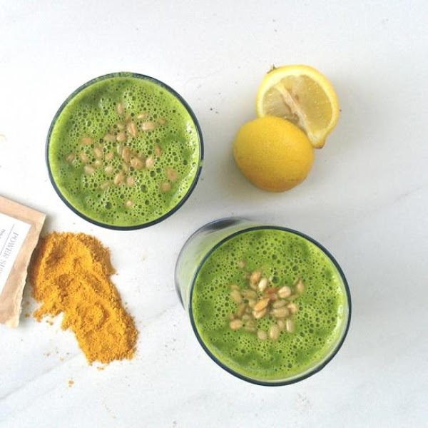 Power Green Turmeric Smoothie Recipe