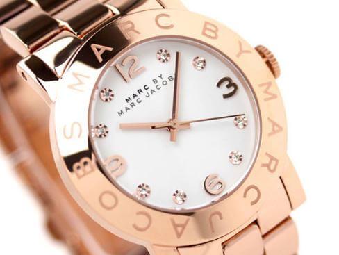 Phân biệt đồng hồ Marc Jacobs thật giả